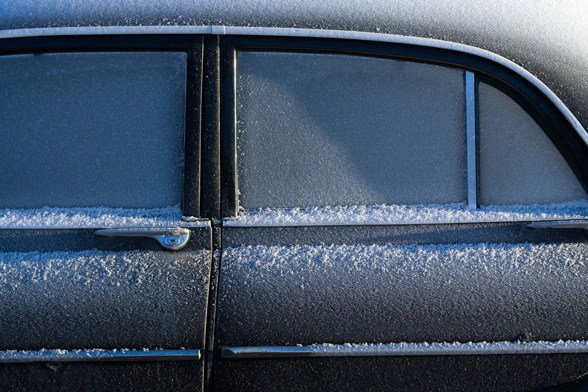 protect-car-ice-winter
