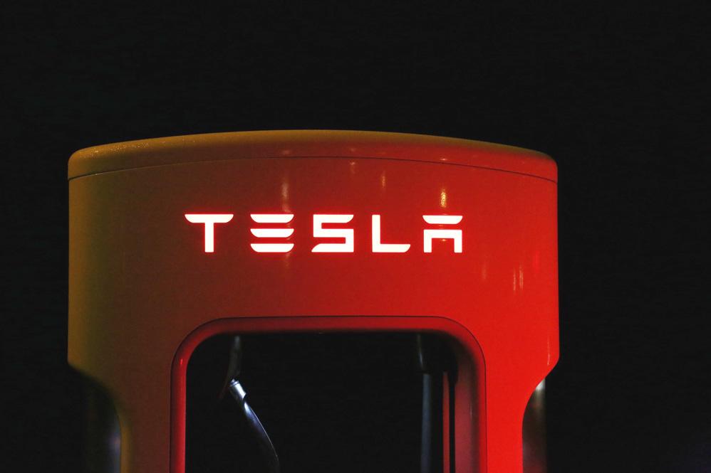tesla-electric-trucking